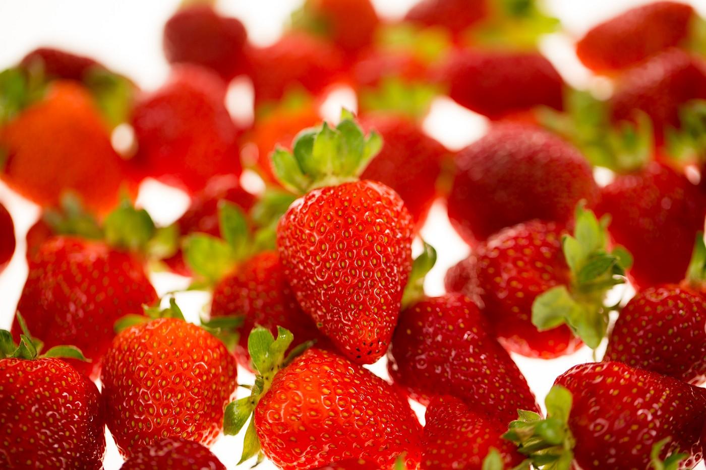 schorn erdbeeren sind erdbeeren gesund. Black Bedroom Furniture Sets. Home Design Ideas
